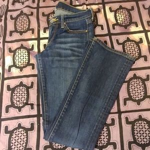 Lucky Brand Zoe Boot 2/26 jeans